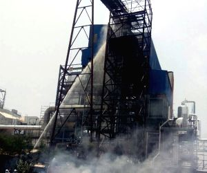 Fire breaks out at Maharashtra sugar factory