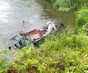 Madras Regiment vehicle falls into Kundil river