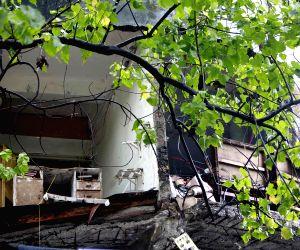 Sewri wall collapse