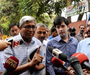 AAP leaders at Kerala House