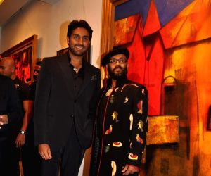 Abhishek at Paresh Maity art event