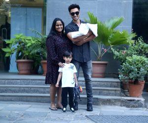 Aayush, Arpita take baby Ayat home on New Year's eve