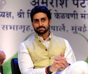 Abhishek Bachchan attends Yuvak Biradari's 40th anniversary