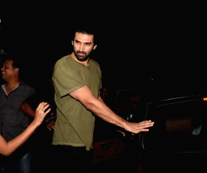 Aditya Roy Kapur seen at Mumbai's Bandra