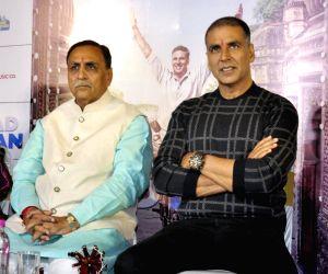 """Pad Man"""" - promotion - Vijay Rupani, Akshay Kumar"""