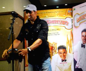 Akshay Kumar records song