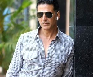 Akshay Kumar's Bachchan Pandey new look is savage and untamed, announces new release date
