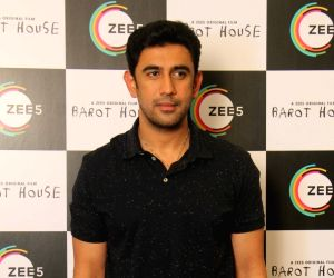 Amit Sadh: Don't give any person the courage to call you an 'outsider'