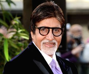 Big B wishes fans on occasion of Navratri