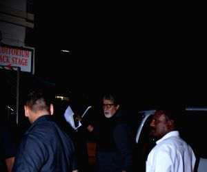 Amitabh Bachchan seen at Bandra