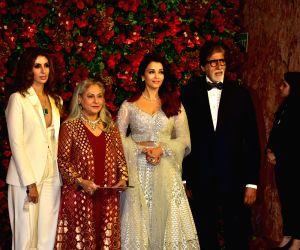 Actor Amitabh Bachchan with his daughter-in-law Aishwarya Rai Bachchan, wife Jaya Bachchan and daughter Shweta Bachchan Nanda at the wedding reception of actors Ranveer Singh and Deepika ...