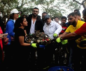 Arjun Kapoor flags off beach clean-up drive
