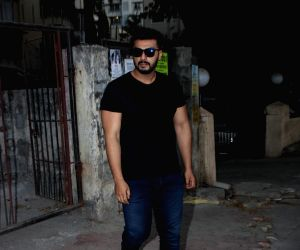 Arjun Kapoor seen at Shoojit Sircar's office