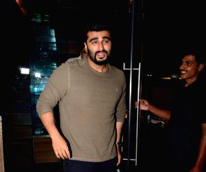 Arjun Kapoor spotted at Juhu