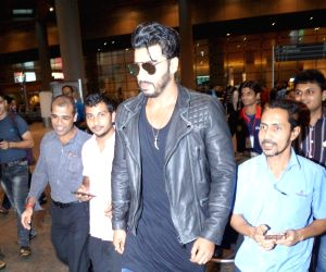 Arjun Kapoor spotted at CST Airport