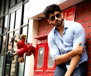 I'm never conscious about my looks: Avinash Mishra