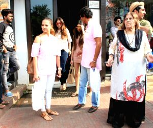 Chunky Pandey with family at Bandra