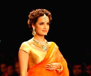 Dia Mirza showstopper at IIJW 2014 – Day 1