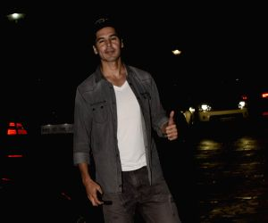 "Special screening of film ""Dhadak"" - Dino Morea"