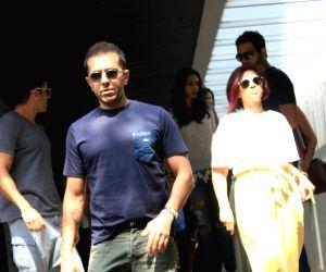 Farhan Akhtar and Ritesh Sidhwani seen at Bandra