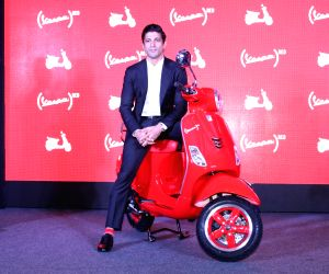Launch of Vespa Red - Farhan Akhtar