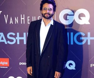 Van Heusen + GQ Fashion Nights 2017 - Jackky Bhagnani