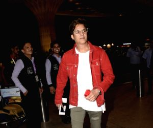 Jimmy Sheirgill leaves for Bangkok to attend IIFA Awards