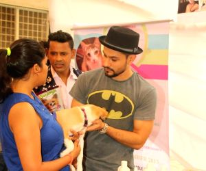 Kunal Khemu at a animal adoption drive