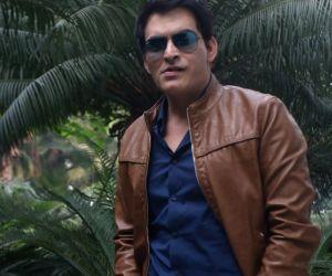 """Promotion of film """"Tumhari Sulu"""" - Manav Kaul"""