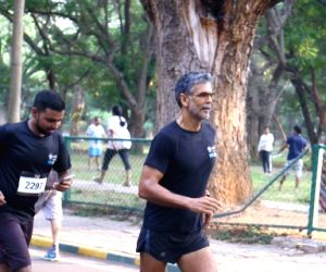 Cult 10k run - Milind Soman