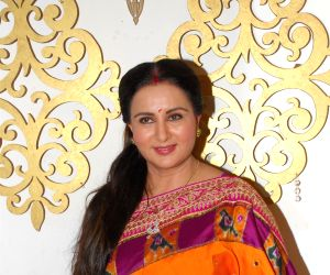 Poonam Dhillon celebrates the Raksha Bandhan
