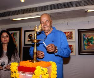 Prem Chopra inaugurates art exhibition