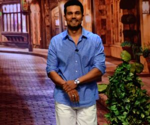 Promotion of film Sarbjit on the sets of Kapil Sharma's TV show