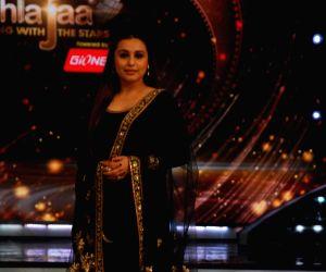 Promotion of film Mardaani on the sets of Jhalak Dikhhla Jaa 7
