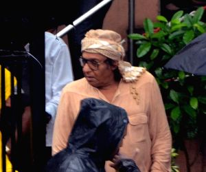 Shashi Kapoor's funeral - Ranjeet