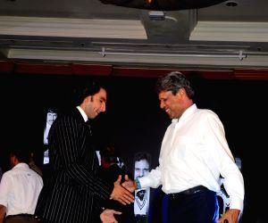 Ranveer Singh to star in Kabir Khan's sports drama on Kapil Dev's Biopic 1983 World Cup