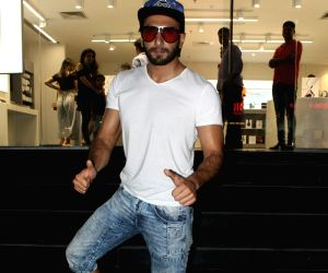 Celebrity life is not easy: Bollywood star Ranveer Singh