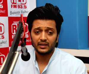 Riteish Deshmukh emotional on dad's birth anniversary