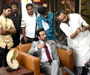 Rohit, Ronit Roy similar in some aspects: 'Kehne Ko Humsafar Hain' director