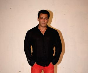 Salman Khan turns distributor with 'Race 3'