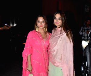 Arpita Khan and Aayush Sharma host Diwali party