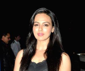 Salman Khan watches Sholay 3D with film JAI HO team