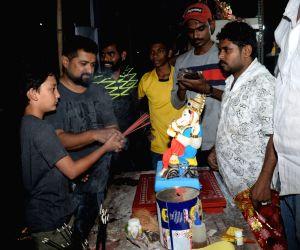 Sanjay Dutt's son takes home a Ganesha idol