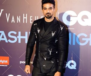 GQ Fashion Nights 2017 - Dabboo Ratnani, Mandira Bedi, Saqib Saleem