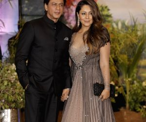 Sonam Kapoor and Anand Ahuja's wedding reception - Shah Rukh Khan and Gauri Khan