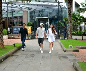 Mumbai: Shahid Kapoor and Mira Rajput seen at a restaurant