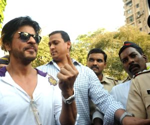 Celebs cast their vote for Lok Sabha election 2014 - Sixth Phase