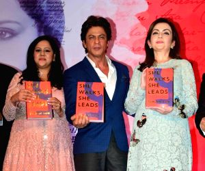 Mumbai: Shahrukh Khan launches Gunjan Jain book She Walks She Leads
