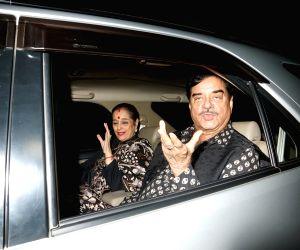 "Special screening of film ""Ittefaq"" - Shatrughan Sinha and Poonam Sinha"