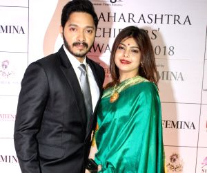 Maharashtra Achievers Awards 2018 - Shreyas Talpade and Deepti Talpade
